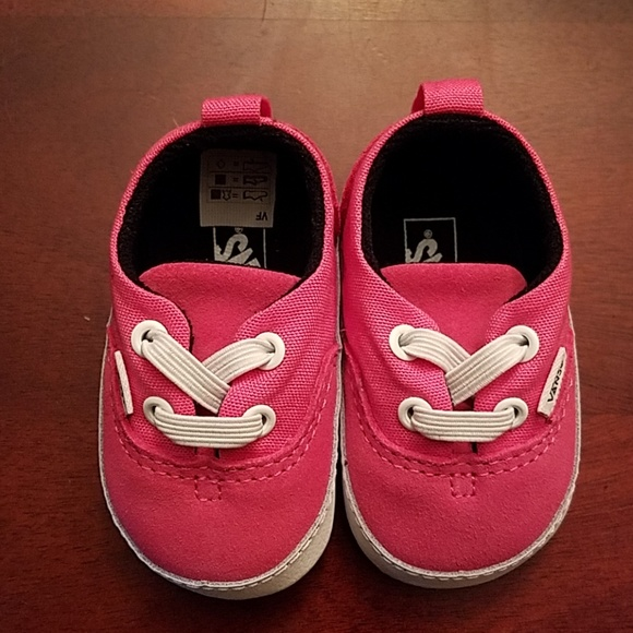 b91e23548c New Vans hot pink baby shoes